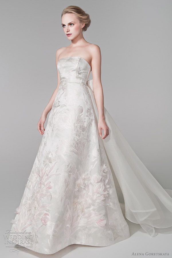 alena goretskaya wedding dress 2012