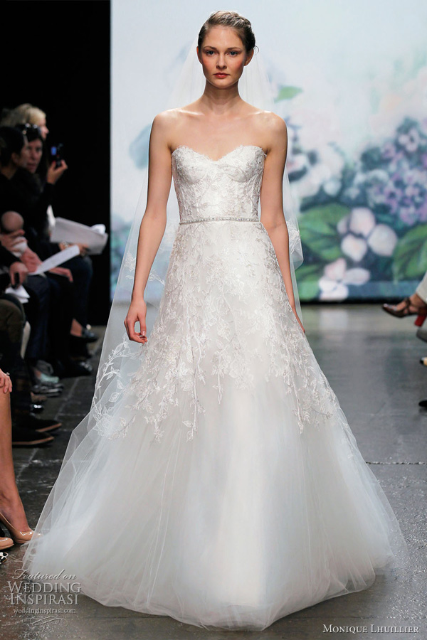 monique lhuillier wedding dress 2012