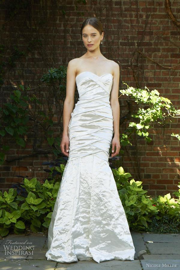 Nicole miller bridal spring 2012 wedding dresses wedding for Nicole miller strapless wedding dress