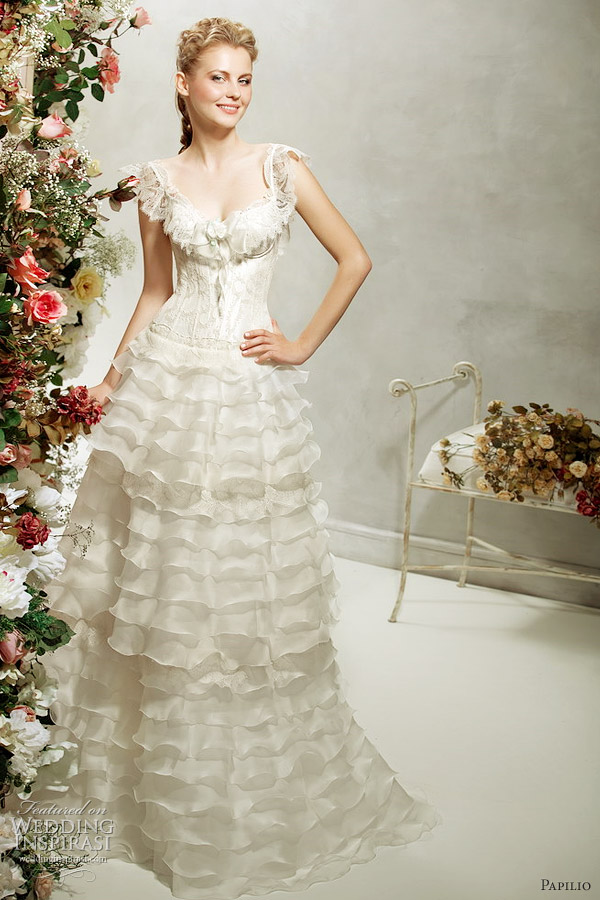 papilio 2012 ruffle wedding dress