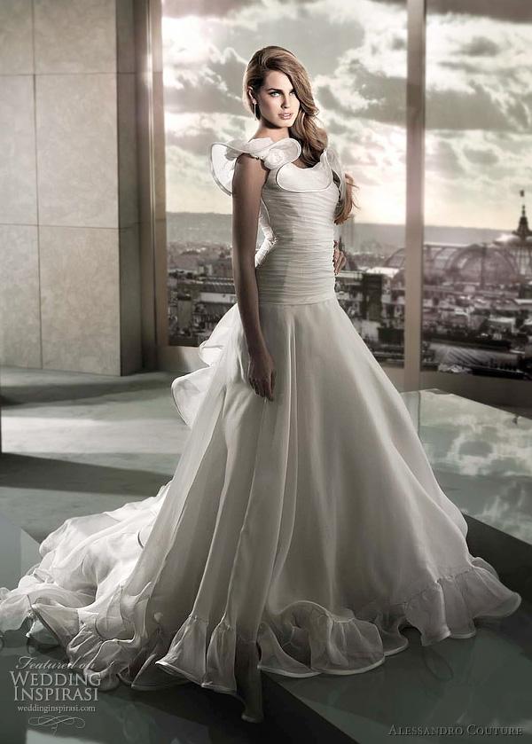 مجموعة كبيرة من  فساتين الزفاف الفرنسيه 2012 _2013 روعة وصور غاية فى الجمال Alessandro-couture-wedding-gown-2012