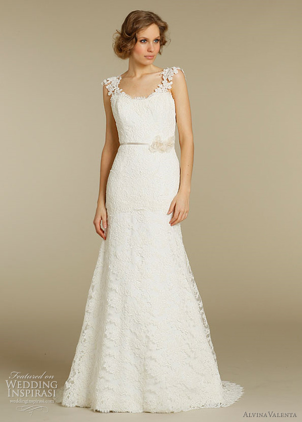 Alvina valenta wedding dresses spring 2012 wedding inspirasi for Fit n flare lace wedding dress