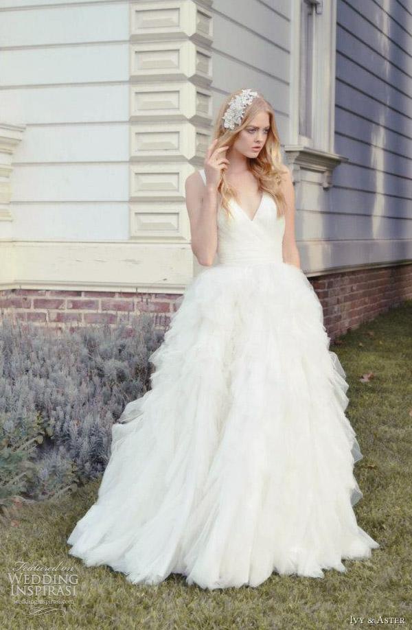 Ivy And Aster 2017 Swan Lake Wedding Dress