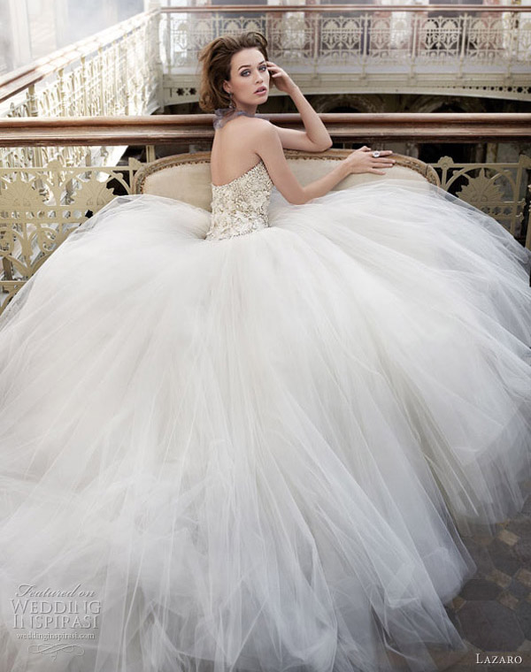 Below lace organza wave strapless wedding gown with sweetheart neckline