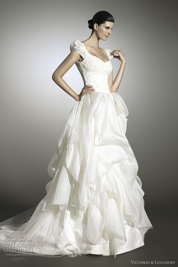 2012 Gelinlik Modelleri Wedding dresses with a fairy tale like quality from