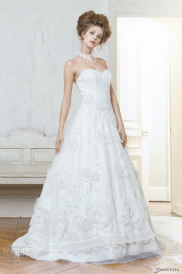 pronuptia 2012 wedding dresses - Noce de merisier