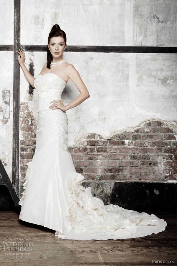 pronuptia studio wedding gown 2012 - prisme