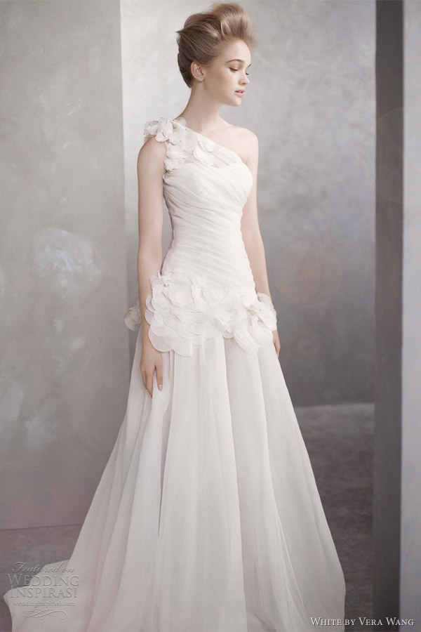 White by vera wang spring 2012 wedding dresses wedding for Price of vera wang wedding dress