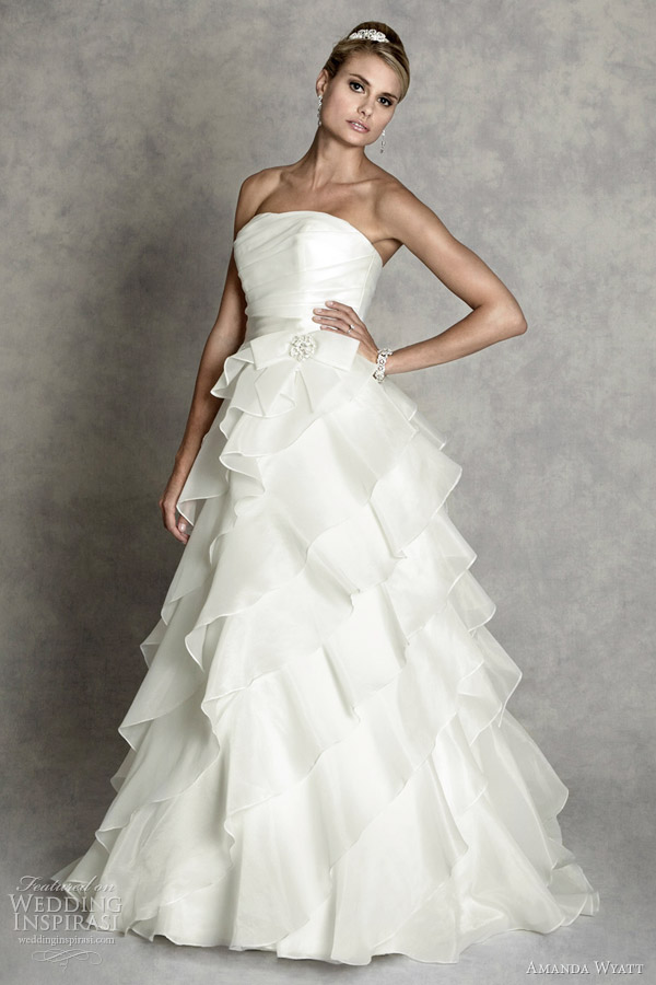 Monroe wedding dress in exquisite tulle and lace gown inspired by the
