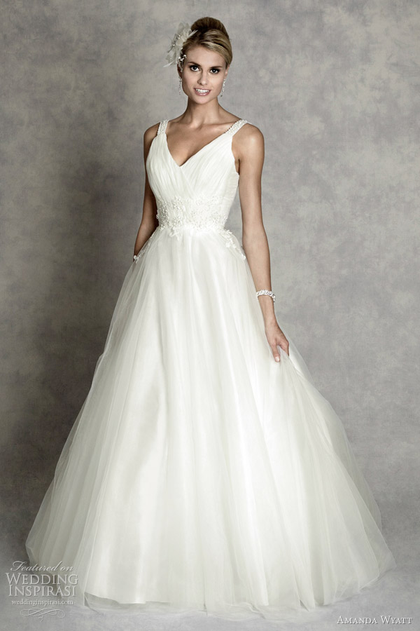 Amanda wyatt wedding dresses enchanted bridal collection for Full skirt wedding dress