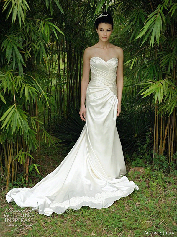 Augusta Jones Wedding Dresses 2012 | Wedding Inspirasi | Page 2