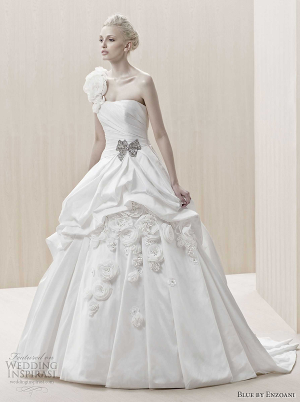 Blue by enzoani wedding dresses 2012 wedding inspirasi for Wedding dress with blue detail