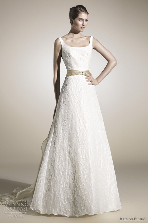 camila wedding dress raimon bundo 2012