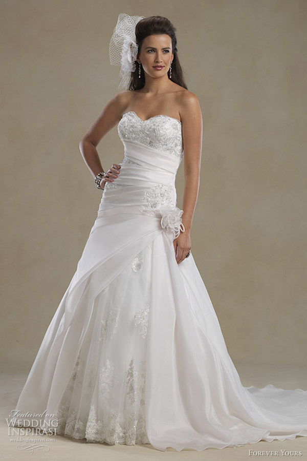 Forever yours wedding dresses 2012 wedding inspirasi for Sweetheart neckline drop waist wedding dress
