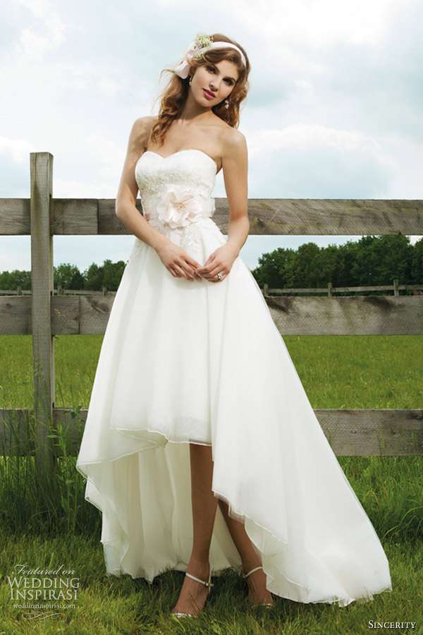 Sincerity bridal wedding dresses 2012 wedding inspirasi for Tulle high low wedding dress