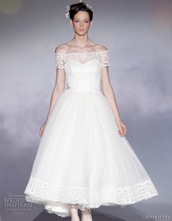 Novia d art wedding dresses 2012 wedding inspirasi page 2 for Wedding dresses in paris france