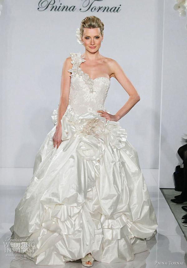 Pnina Tornai Wedding Dresses 2012 Wedding Inspirasi