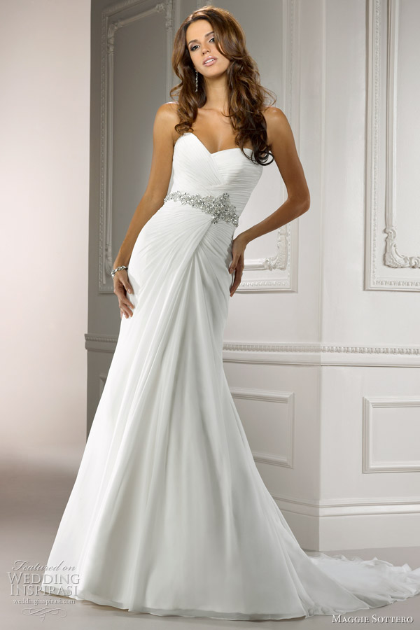 courtney wedding dress maggie sottero