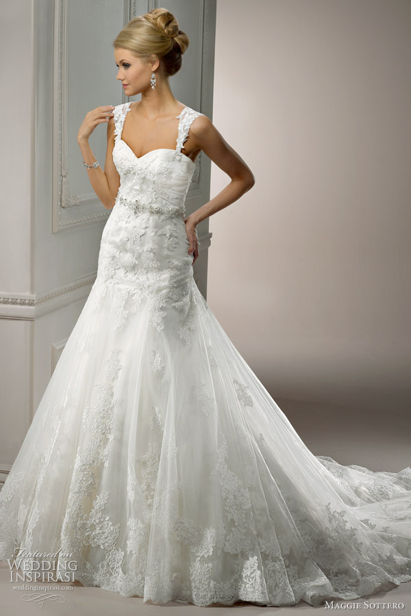 Maggie Sottero Lace Wedding Dress 95
