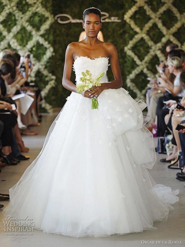 Oscar de la renta bridal spring 2013 wedding dresses for Oscar de la renta wedding dress prices