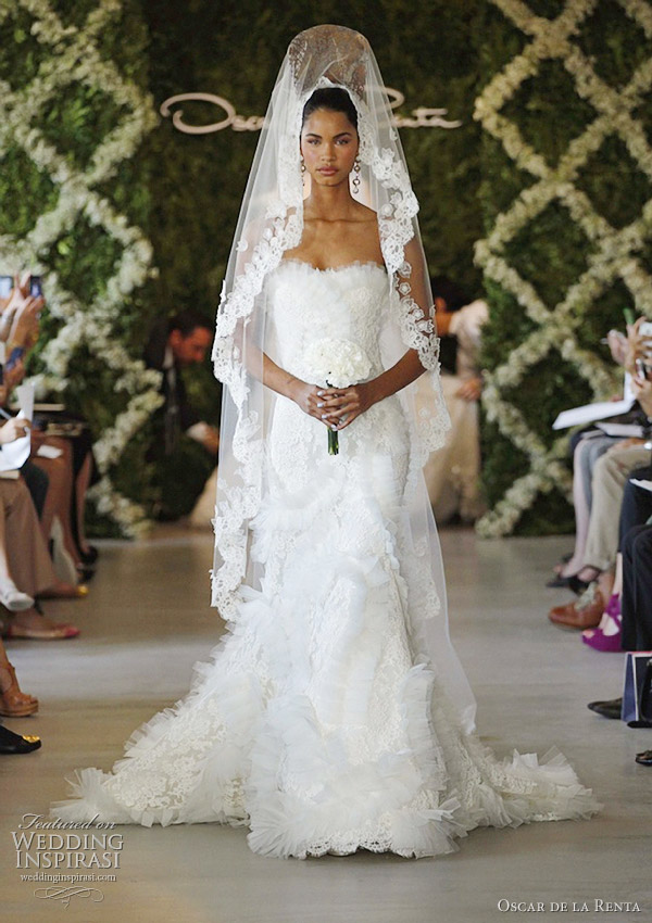 oscar de la renta spring 2013 wedding dress
