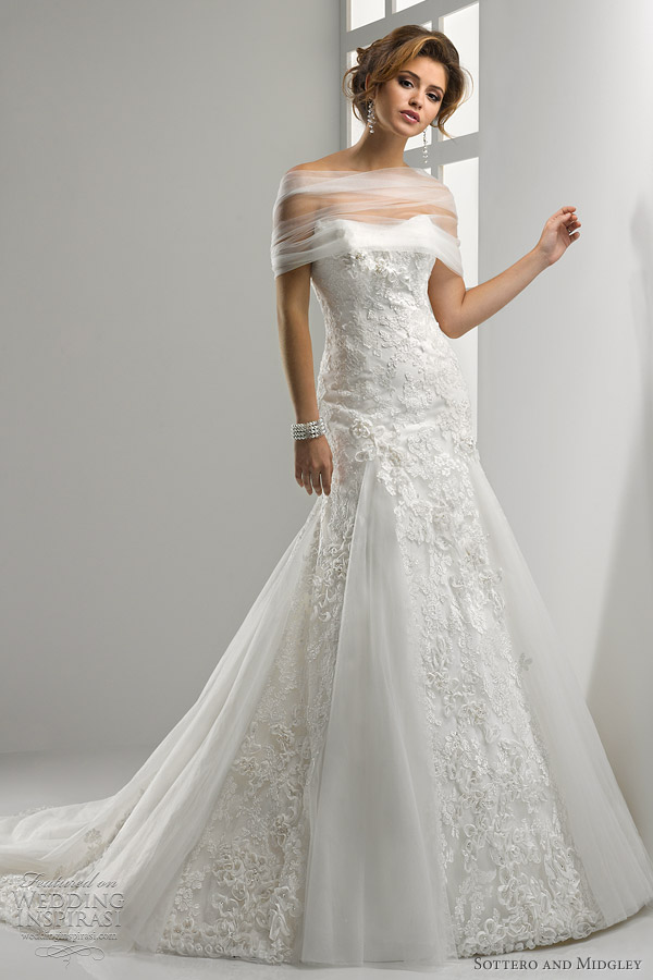 Sottero and midgley wedding dresses 2012 wedding for Fit n flare lace wedding dress