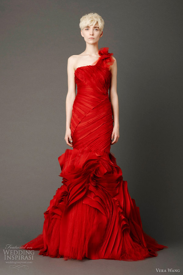 Vera Wang Bridal Spring 2013 Wedding Dresses | Wedding Inspirasi