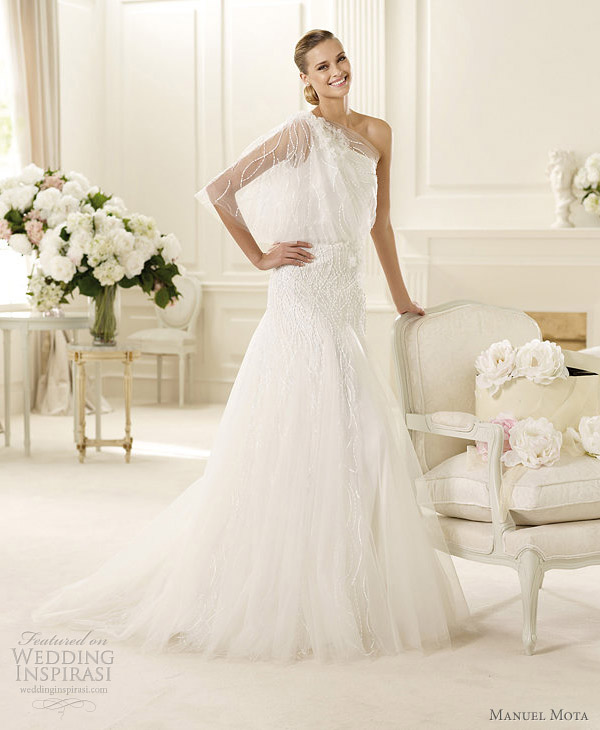 manuel mota 2013 garbo wedding dress