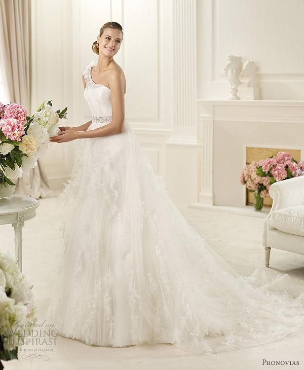 pronovias dinar wedding dress 2013