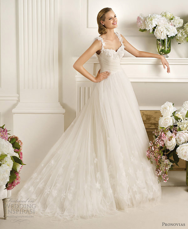 pronovias dirlan wedding dress with straps 2013