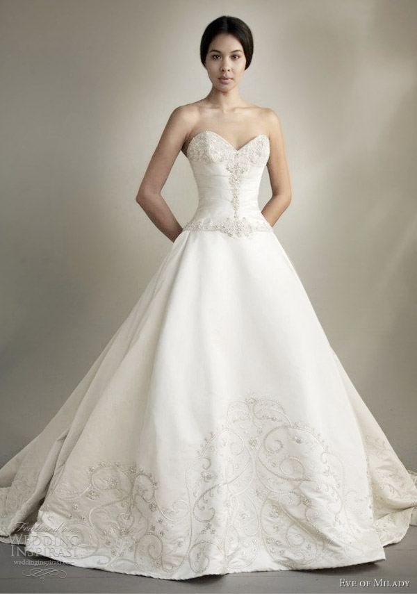 eve of milady couture spring 2013 strapless ball gown wedding dress embroidered detail