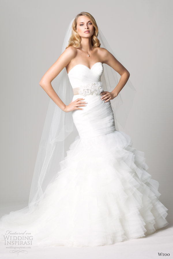 Wtoo brides fall 2012 wedding dresses wedding inspirasi for Mermaid wedding dress with ruffles