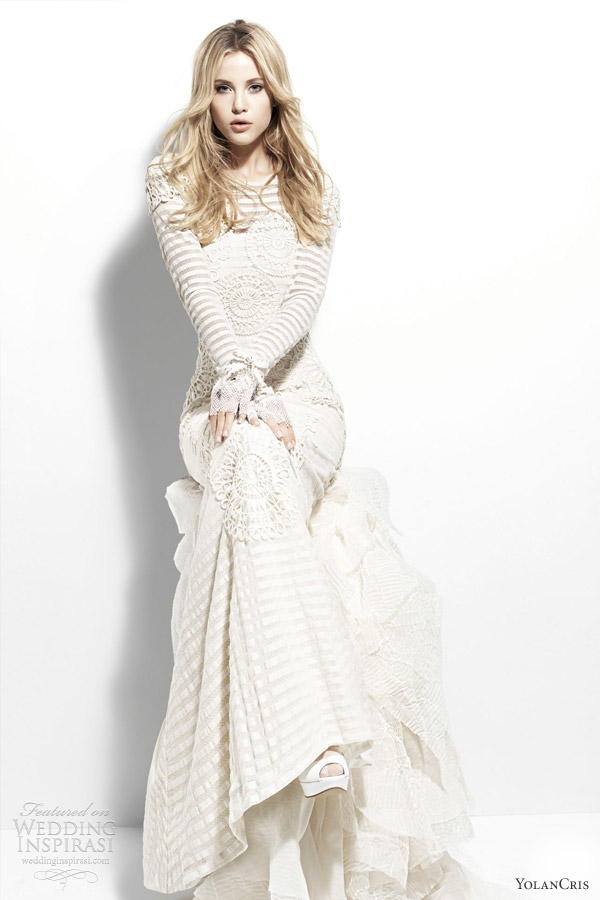 yolan cris 2013 chelsea escocia long sleeve striped wedding dress