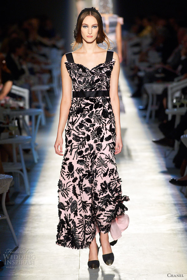 chanel fall 2012 couture black pink dress