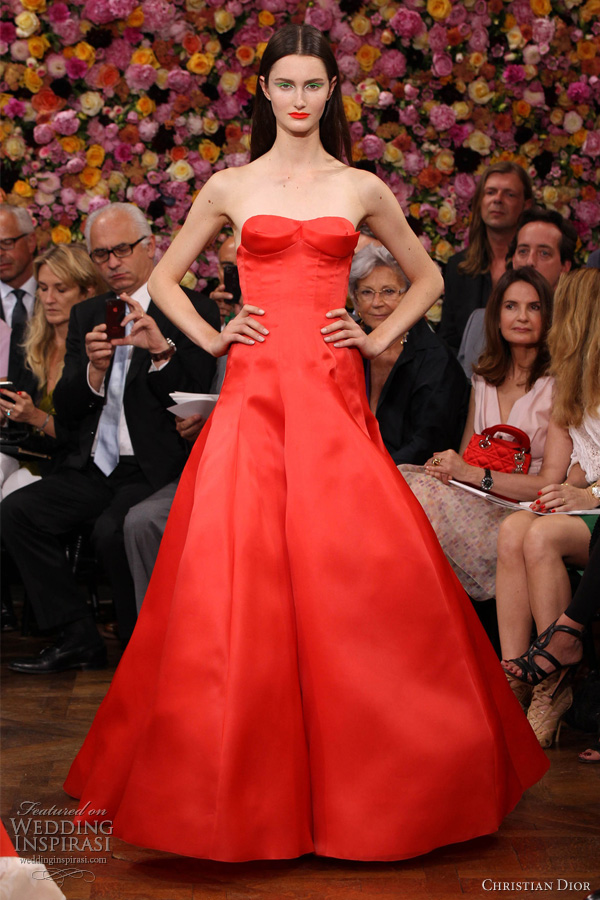 christian dior fall 2012 couture strapless red dress