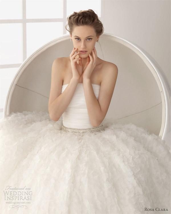 rosa clara 2013 two bridal dorian gazare wedding dress with beadwork in ecru