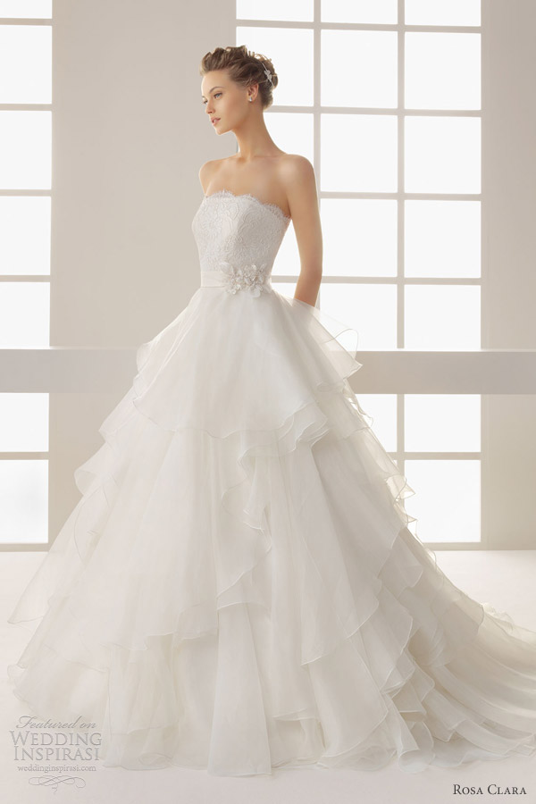 Two by rosa clar 2013 wedding dresses wedding inspirasi for Strapless wedding dress with ruffles