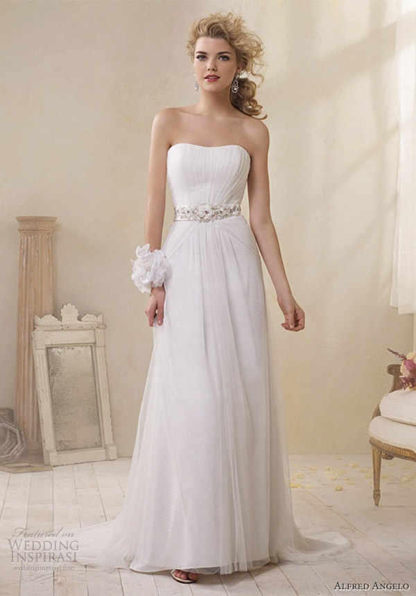 Alfred angelo modern vintage bridal collection wedding for Wedding dresses not strapless