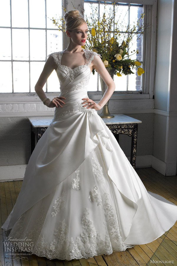 moonlight bridal wedding dress fall 2012 ball gown lace build up