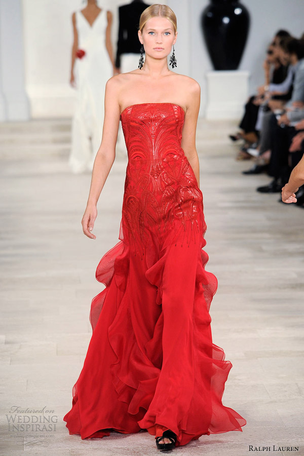 ralph lauren spring summer 2013 scarlet red embroidered strapless gown