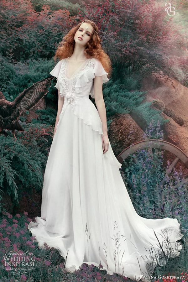 Alena goretskaya wedding dresses 2013 wedding inspirasi for Flutter sleeve wedding dress