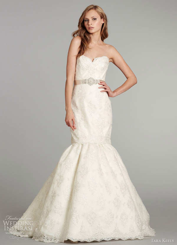 tara keely fall 2012 jlm couture lace gown elongated sweetheart neckline beaded belt natural waist 2257