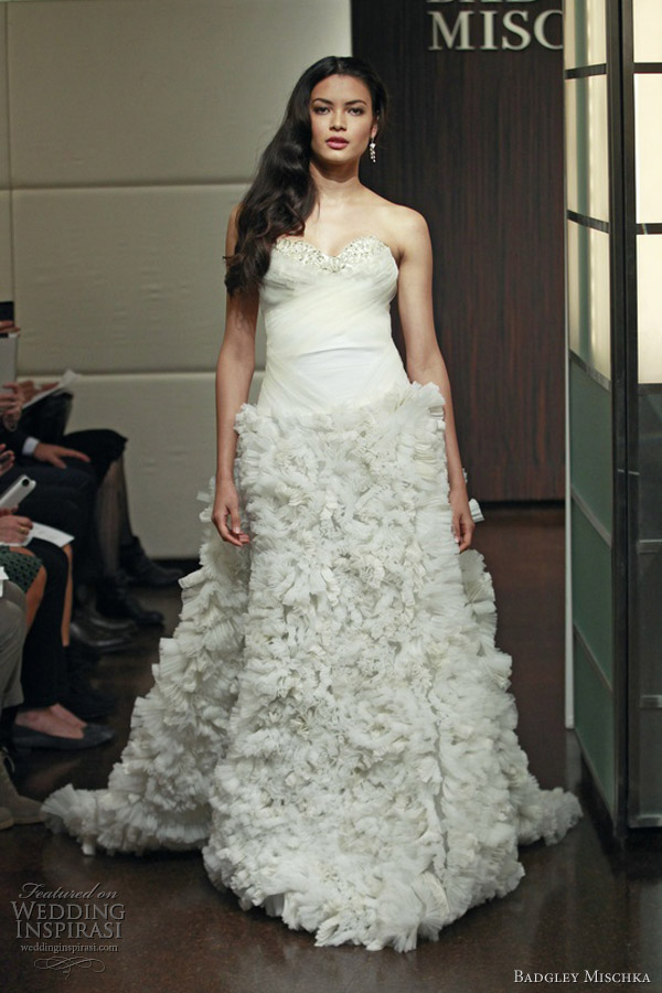 badgley mischka bridal fall 2013 strapless wedding dress ruffle skirt libra
