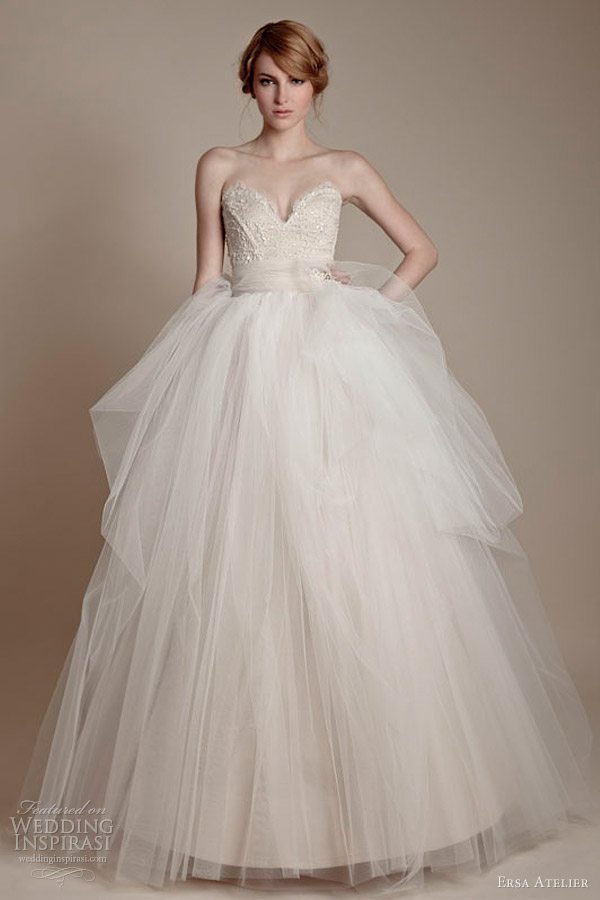 Ersa atelier 2013 wedding dresses wedding inspirasi for Romanian wedding dress designer