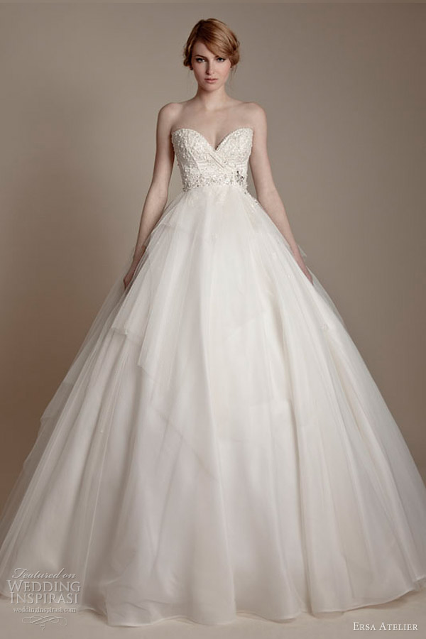 Ersa atelier 2013 wedding dresses wedding inspirasi page 2 for Silk organza wedding dress