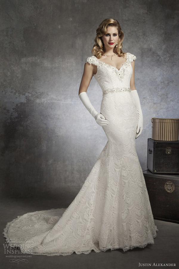 Justin Alexander Bridal Spring 2017 V Neck Cap Sleeve Mermaid Wedding Dress 8654
