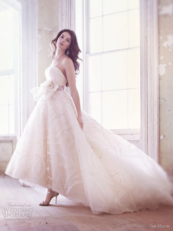 Jim hjelm spring 2013 wedding dresses wedding inspirasi for Jim hjelm wedding dresses