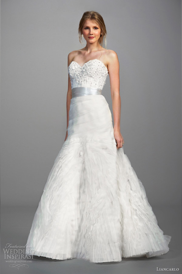 Liancarlo wedding dresses spring 2013 wedding inspirasi for Dresses for spring wedding