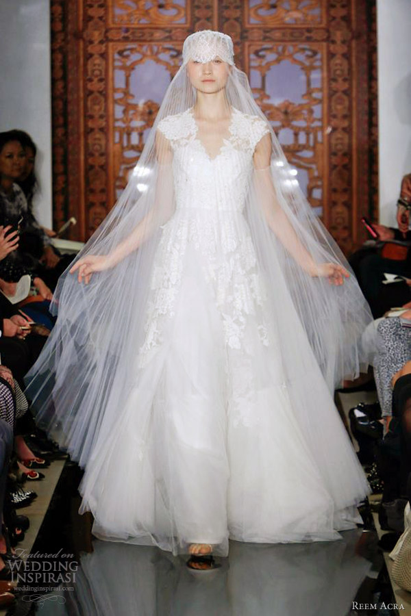 Reem acra bridal fall 2013 wedding dresses wedding for Reem acra lace wedding dress