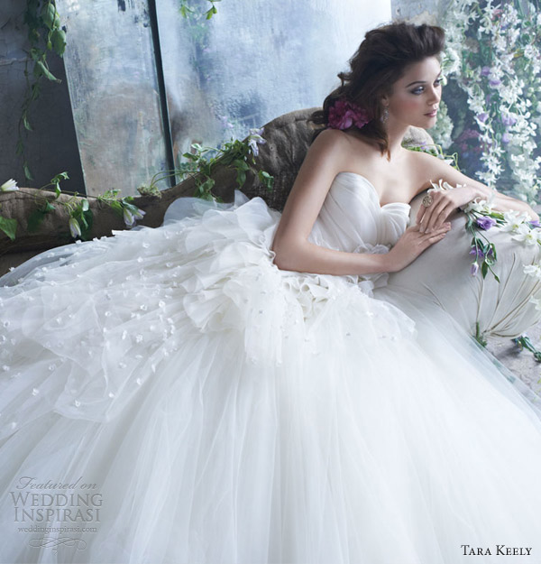 tara keely spring 2013 bridal tulle ball gown pleated organza sweetheart natural waist petals chapel train